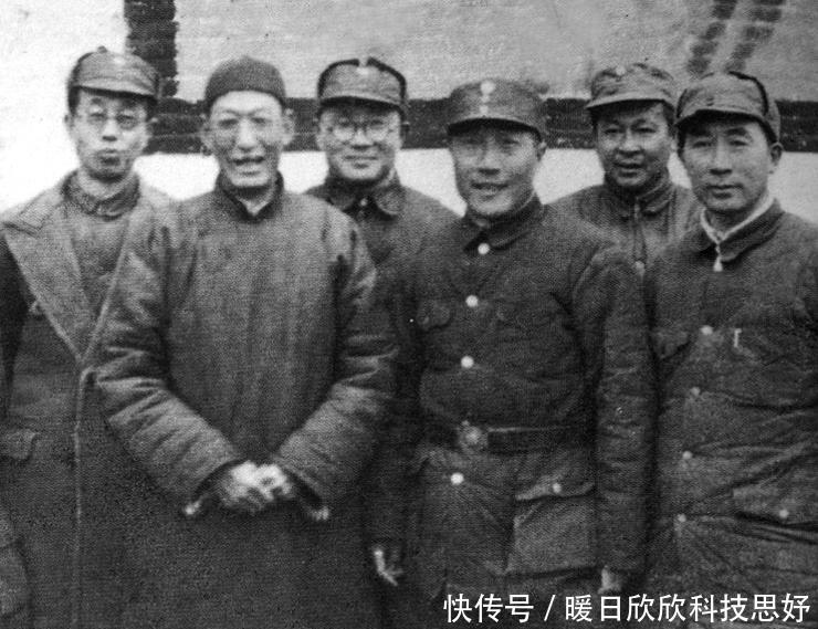 将军|叶挺将军被释放时,蒋介石也要求我方释放这个国军名将
